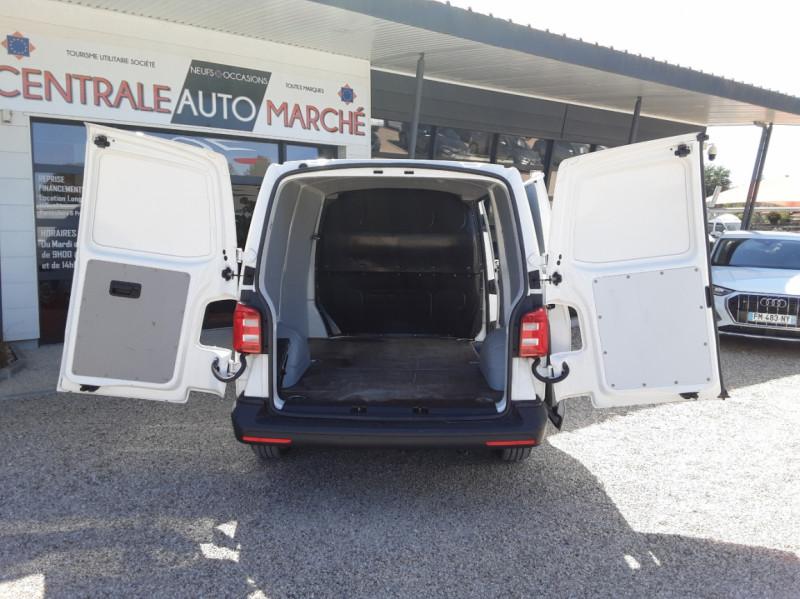 Photo 38 de l'offre de VOLKSWAGEN TRANSPORTER FGN L1H1 2.0 TDI 150 DSG7 BUSINESS LINE à 23900€ chez Centrale auto marché Périgueux