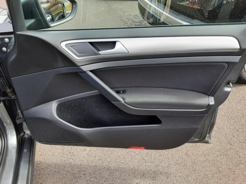 Photo 42 de l'offre de VOLKSWAGEN GOLF VII 1.6 TDI 115 BlueMotion Trendline à 13490€ chez Centrale auto marché Périgueux