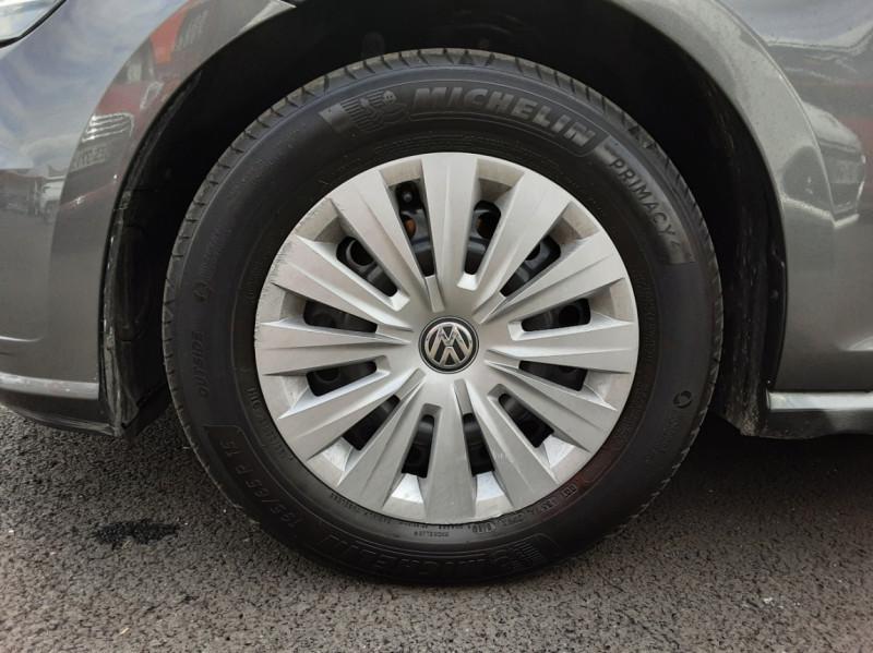 Photo 47 de l'offre de VOLKSWAGEN GOLF VII 1.6 TDI 115 BlueMotion Trendline à 13490€ chez Centrale auto marché Périgueux