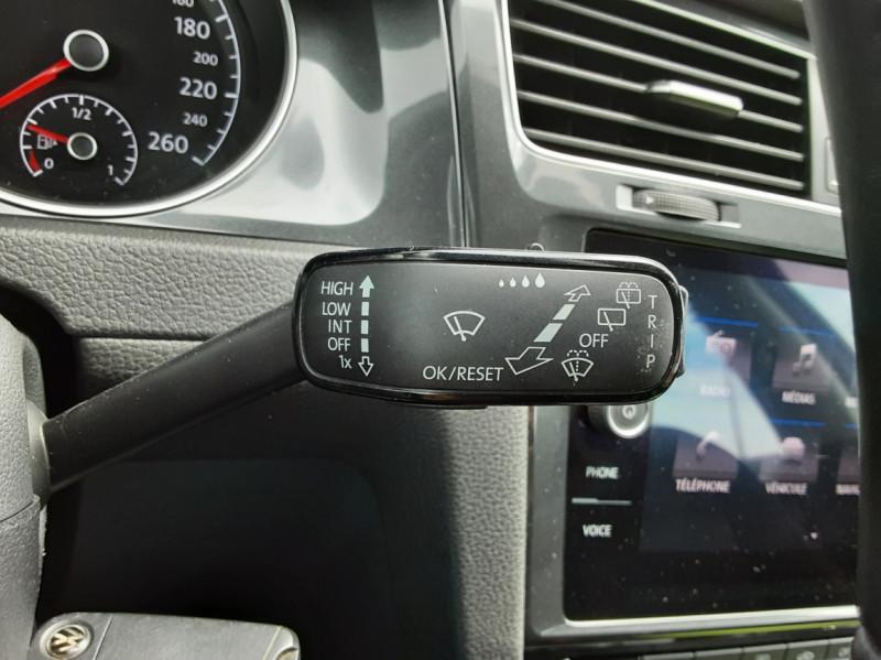 Photo 16 de l'offre de VOLKSWAGEN GOLF VII 1.6 TDI 115 BlueMotion Trendline à 13490€ chez Centrale auto marché Périgueux
