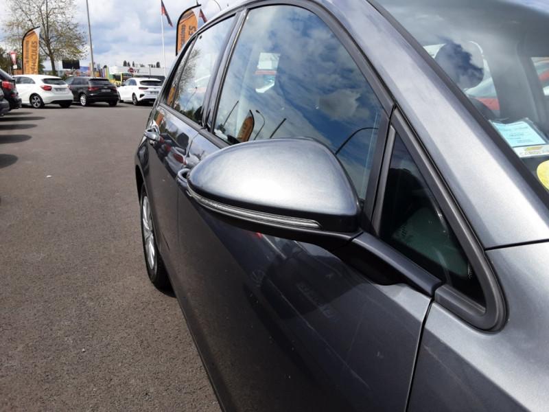 Photo 3 de l'offre de VOLKSWAGEN GOLF VII 1.6 TDI 115 BlueMotion Trendline à 13490€ chez Centrale auto marché Périgueux