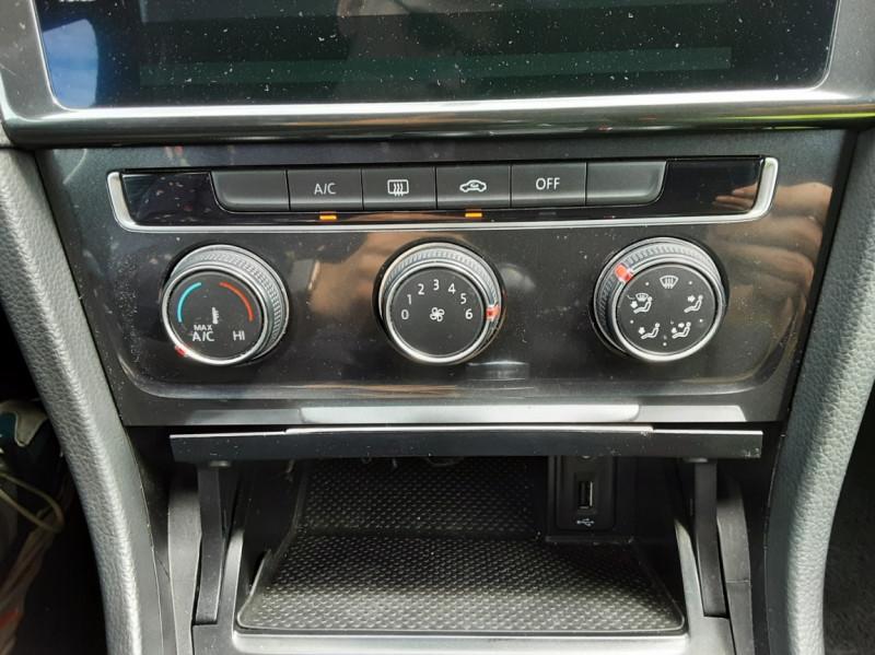Photo 25 de l'offre de VOLKSWAGEN GOLF VII 1.6 TDI 115 BlueMotion Trendline à 13490€ chez Centrale auto marché Périgueux