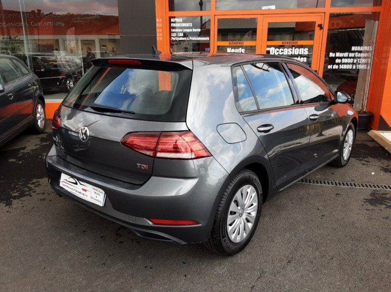 Photo 2 de l'offre de VOLKSWAGEN GOLF VII 1.6 TDI 115 BlueMotion Trendline à 13490€ chez Centrale auto marché Périgueux