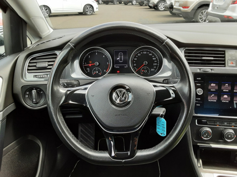 Photo 13 de l'offre de VOLKSWAGEN GOLF VII 1.6 TDI 115 BlueMotion Trendline à 13490€ chez Centrale auto marché Périgueux