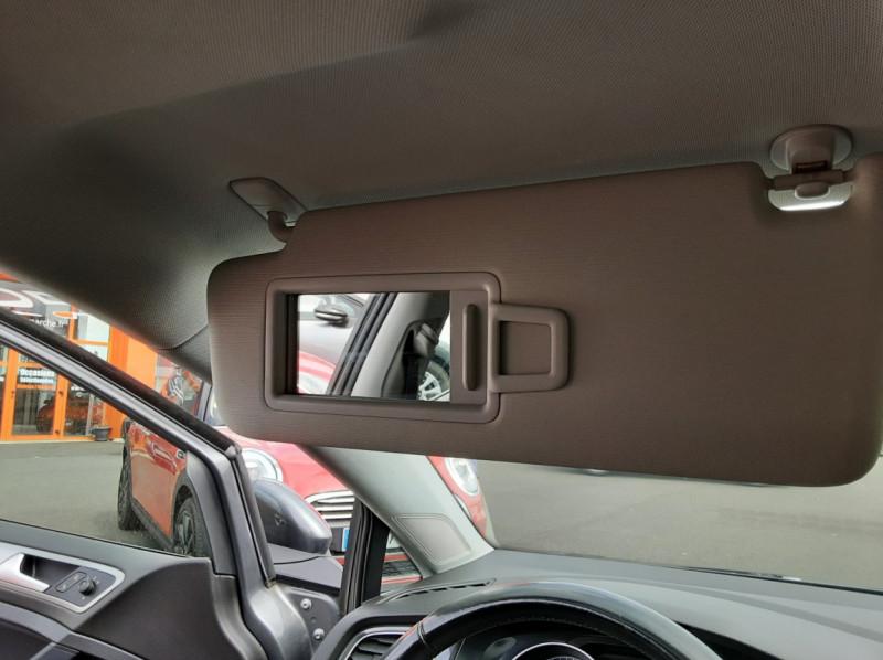 Photo 28 de l'offre de VOLKSWAGEN GOLF VII 1.6 TDI 115 BlueMotion Trendline à 13490€ chez Centrale auto marché Périgueux