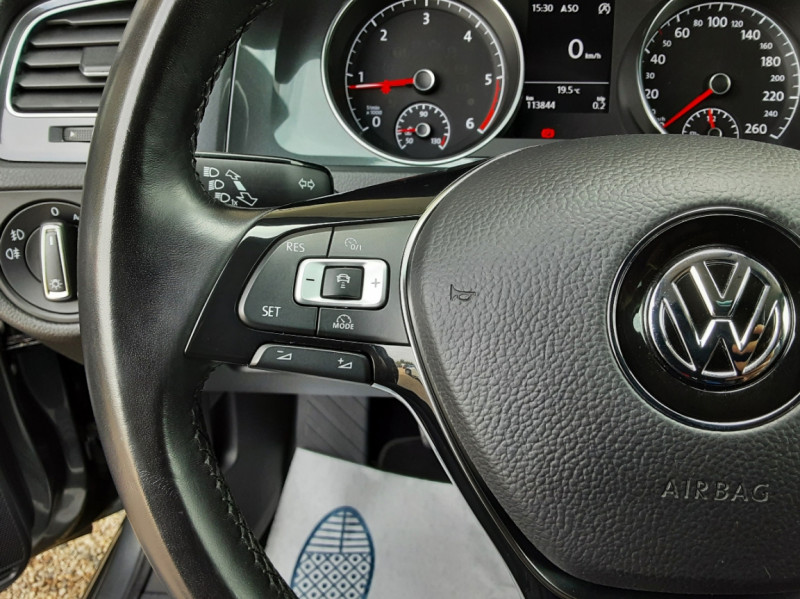 Photo 45 de l'offre de VOLKSWAGEN GOLF 1.6 TDI 115ch BMT FAP Confortline Business à 14490€ chez Centrale auto marché Périgueux