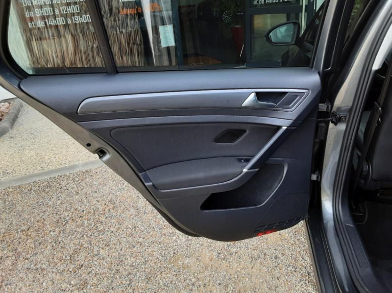 Photo 24 de l'offre de VOLKSWAGEN GOLF 1.6 TDI 115ch BMT FAP Confortline Business à 14490€ chez Centrale auto marché Périgueux