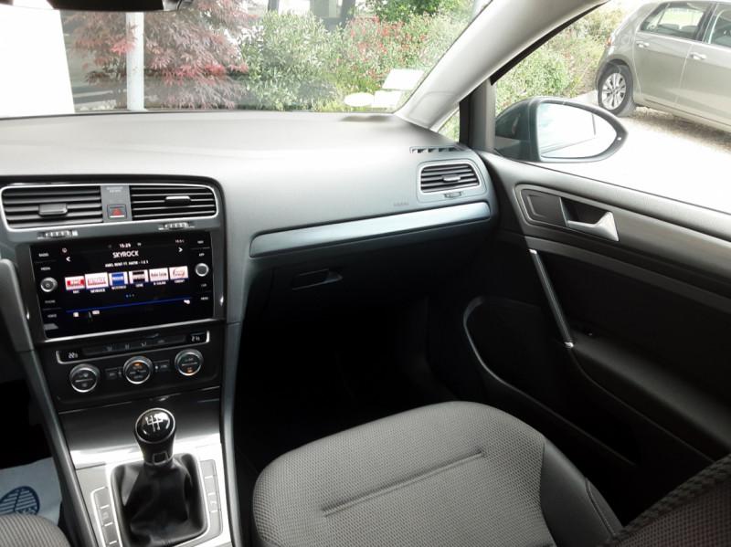 Photo 46 de l'offre de VOLKSWAGEN GOLF 1.6 TDI 115ch BMT FAP Confortline Business à 14490€ chez Centrale auto marché Périgueux