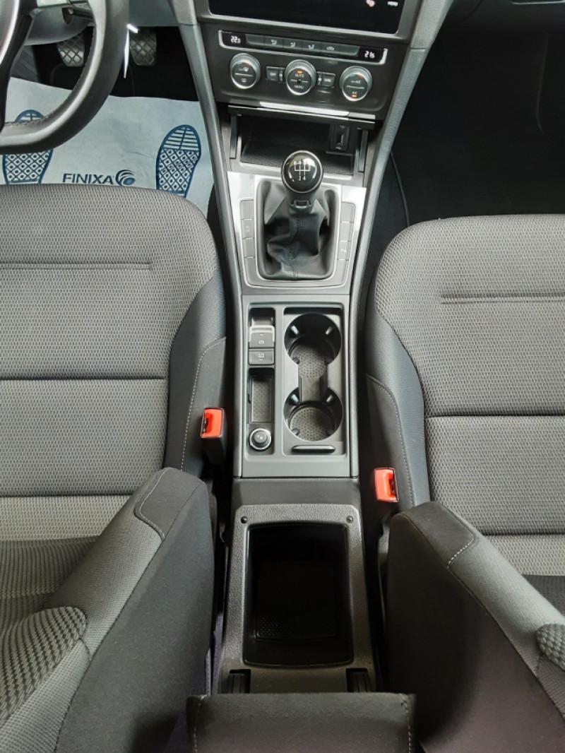 Photo 33 de l'offre de VOLKSWAGEN GOLF 1.6 TDI 115ch BMT FAP Confortline Business à 14490€ chez Centrale auto marché Périgueux