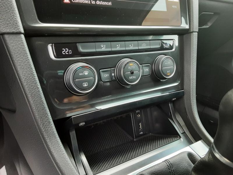 Photo 43 de l'offre de VOLKSWAGEN GOLF 1.6 TDI 115ch BMT FAP Confortline Business à 14490€ chez Centrale auto marché Périgueux