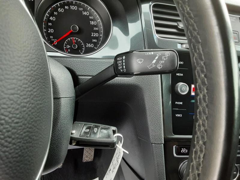 Photo 49 de l'offre de VOLKSWAGEN GOLF 1.6 TDI 115ch BMT FAP Confortline Business à 14490€ chez Centrale auto marché Périgueux