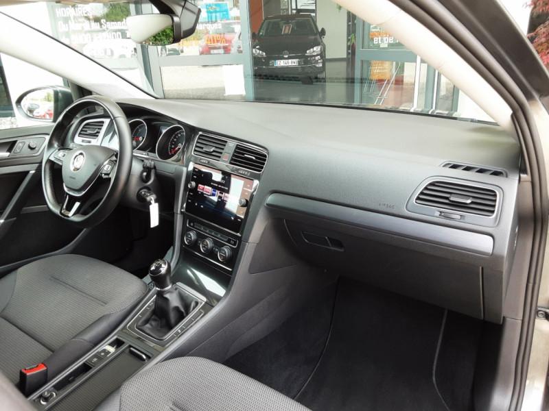 Photo 37 de l'offre de VOLKSWAGEN GOLF 1.6 TDI 115ch BMT FAP Confortline Business à 14490€ chez Centrale auto marché Périgueux