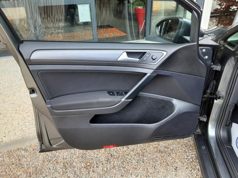 Photo 12 de l'offre de VOLKSWAGEN GOLF 1.6 TDI 115ch BMT FAP Confortline Business à 14490€ chez Centrale auto marché Périgueux
