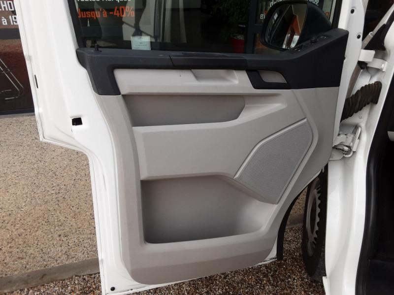 Photo 33 de l'offre de VOLKSWAGEN TRANSPORTER FGN TOLE L1H1 2.0 TDI 114CH  à 22990€ chez Centrale auto marché Périgueux