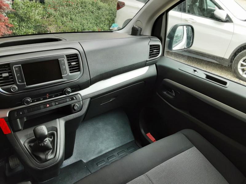 Photo 20 de l'offre de CITROEN SPACE TOURER XL BlueHDi 115 SetS BVM6 Business à 26490€ chez Centrale auto marché Périgueux