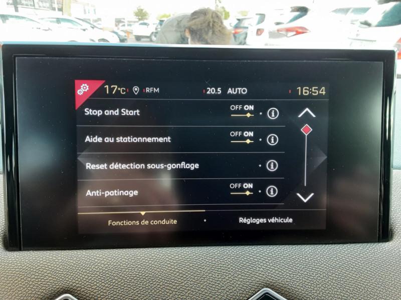 Photo 15 de l'offre de DS DS3 CROSSBACK BlueHDi 100 SetS BVM6 So Chic à 23990€ chez Centrale auto marché Périgueux