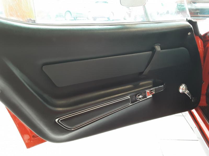 Photo 13 de l'offre de CHEVROLET CORVETTE C3 big Block 427ci V8 à 68000€ chez Centrale auto marché Périgueux