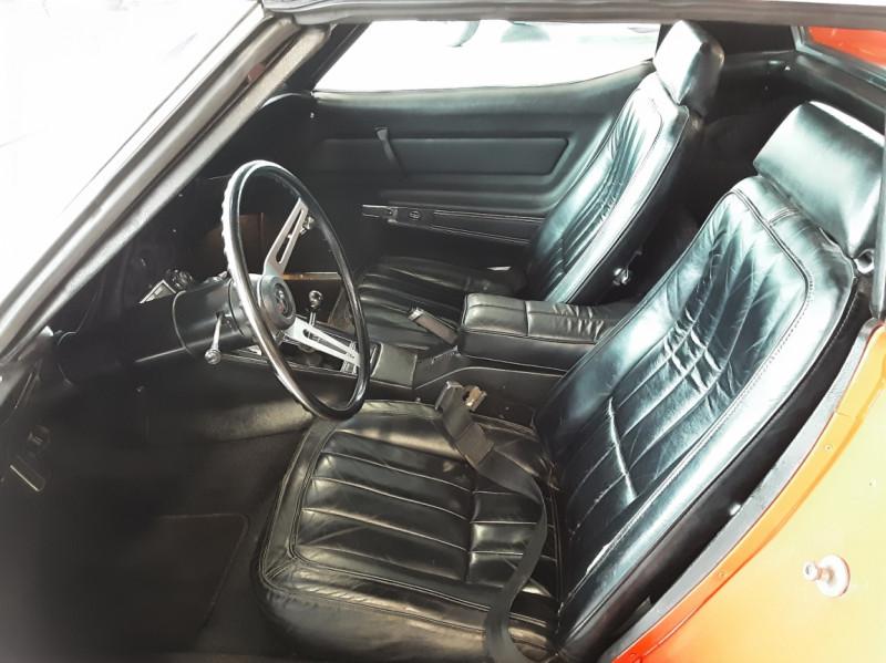 Photo 15 de l'offre de CHEVROLET CORVETTE C3 big Block 427ci V8 à 68000€ chez Centrale auto marché Périgueux