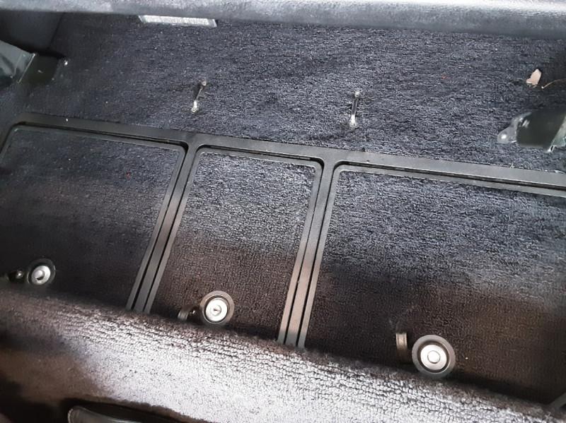 Photo 44 de l'offre de CHEVROLET CORVETTE C3 big Block 427ci V8 à 68000€ chez Centrale auto marché Périgueux