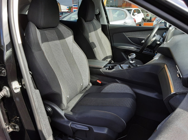 Photo 21 de l'offre de PEUGEOT 3008 1.6 BlueHDi 120ch SetS BVM6 Active Business à 16900€ chez Centrale auto marché Périgueux