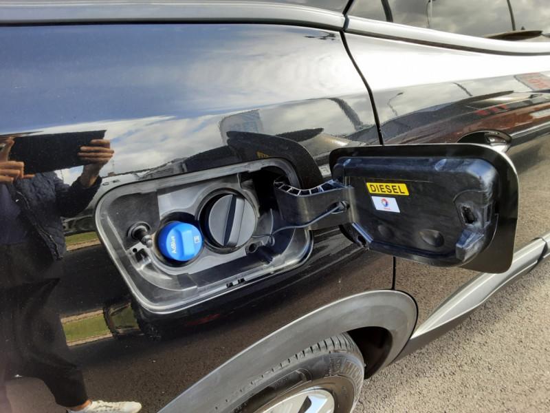 Photo 10 de l'offre de PEUGEOT 3008 1.6 BlueHDi 120ch SetS BVM6 Active Business à 16900€ chez Centrale auto marché Périgueux