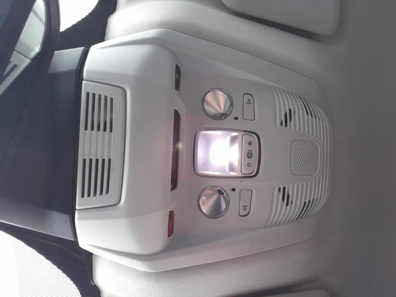 Photo 13 de l'offre de PEUGEOT 3008 1.6 BlueHDi 120ch SetS BVM6 Active Business à 16900€ chez Centrale auto marché Périgueux
