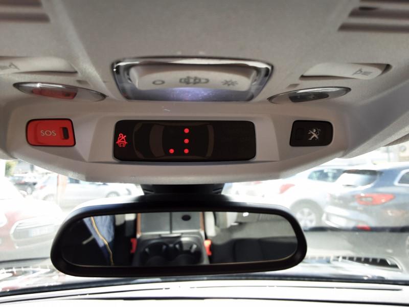 Photo 33 de l'offre de PEUGEOT 3008 1.6 BlueHDi 120ch SetS BVM6 Active Business à 16900€ chez Centrale auto marché Périgueux