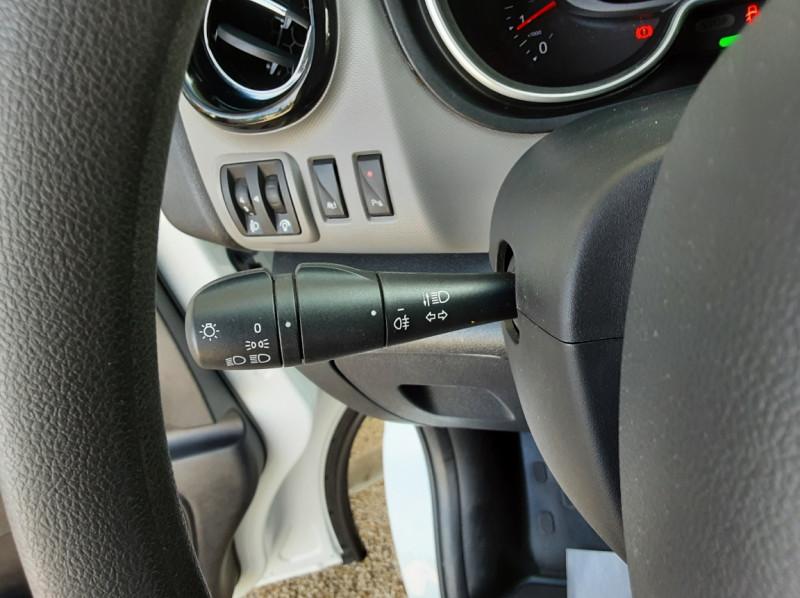 Photo 35 de l'offre de RENAULT TRAFIC L2H1 DCI 120ch GRAND CONFORT à 20990€ chez Centrale auto marché Périgueux