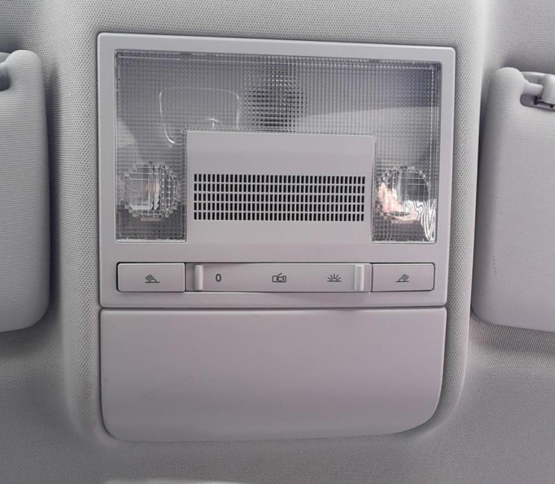 Photo 49 de l'offre de VOLKSWAGEN POLO 1.4 TDI 75 BMT Confortline à 10900€ chez Centrale auto marché Périgueux