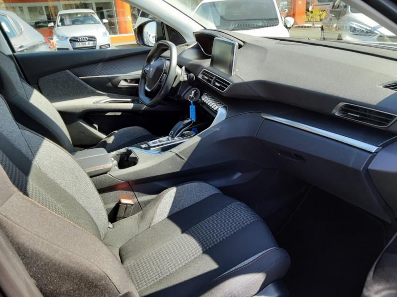 Photo 18 de l'offre de PEUGEOT 3008 BlueHDi 130ch SetS EAT8 Active Business à 20500€ chez Centrale auto marché Périgueux