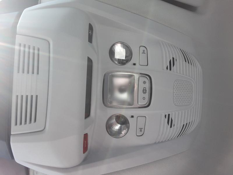 Photo 47 de l'offre de PEUGEOT 3008 BlueHDi 130ch SetS EAT8 Active Business à 20500€ chez Centrale auto marché Périgueux