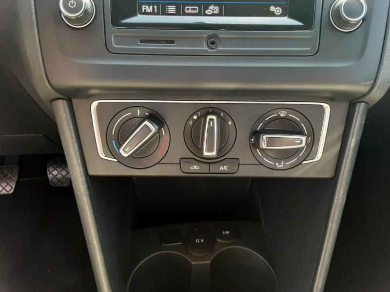 Photo 19 de l'offre de VOLKSWAGEN POLO 1.4 TDI 75 BMT Confortline à 10900€ chez Centrale auto marché Périgueux