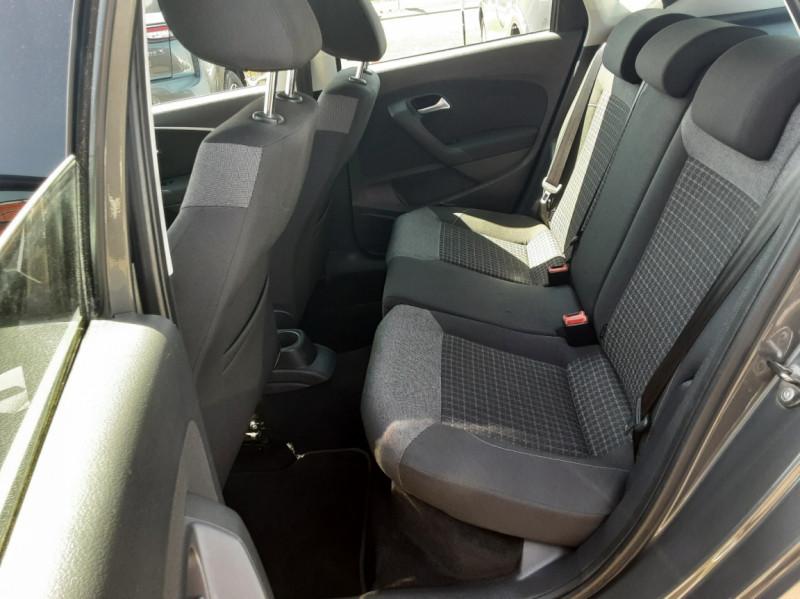 Photo 15 de l'offre de VOLKSWAGEN POLO 1.4 TDI 75 BMT Confortline à 10900€ chez Centrale auto marché Périgueux
