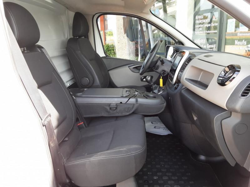 Photo 23 de l'offre de RENAULT TRAFIC L2H1 DCI 120ch GRAND CONFORT à 20990€ chez Centrale auto marché Périgueux