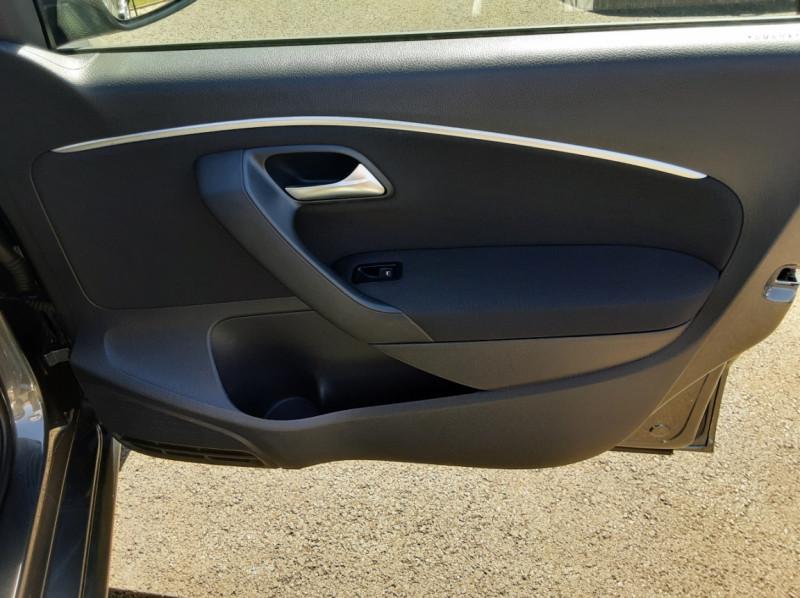 Photo 31 de l'offre de VOLKSWAGEN POLO 1.4 TDI 75 BMT Confortline à 10900€ chez Centrale auto marché Périgueux