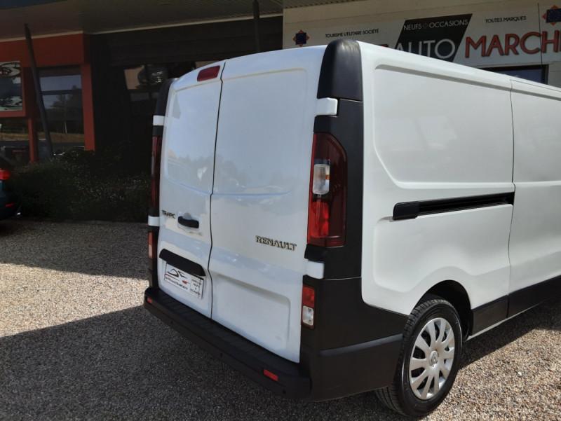 Photo 11 de l'offre de RENAULT TRAFIC L2H1 DCI 120ch GRAND CONFORT à 20990€ chez Centrale auto marché Périgueux