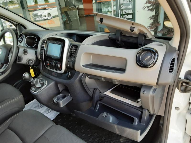 Photo 31 de l'offre de RENAULT TRAFIC L2H1 DCI 120ch GRAND CONFORT à 20990€ chez Centrale auto marché Périgueux