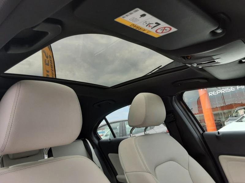 Photo 30 de l'offre de MERCEDES-BENZ CLASSE A 180 d Business Edition à 17990€ chez Centrale auto marché Périgueux