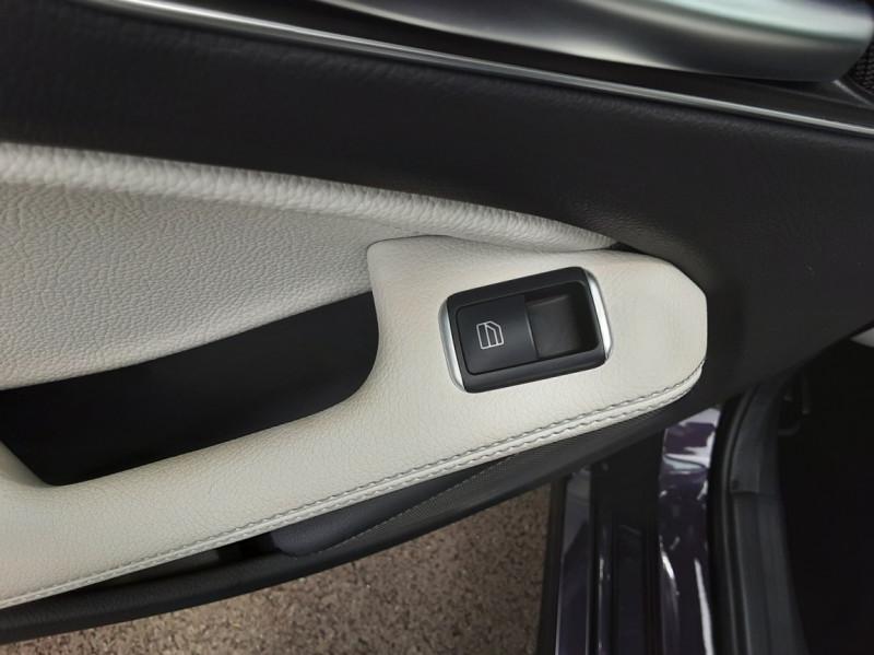 Photo 10 de l'offre de MERCEDES-BENZ CLASSE A 180 d Business Edition à 17990€ chez Centrale auto marché Périgueux