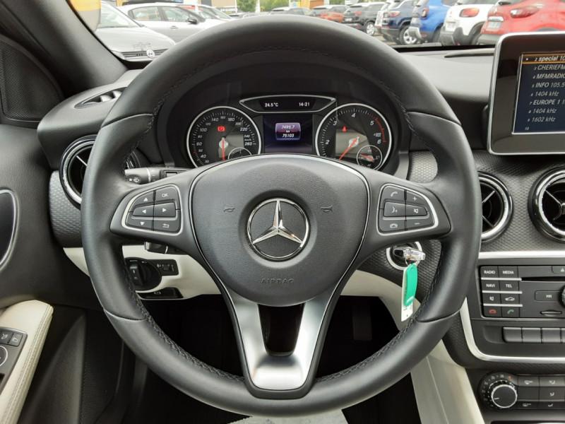 Photo 16 de l'offre de MERCEDES-BENZ CLASSE A 180 d Business Edition à 17990€ chez Centrale auto marché Périgueux