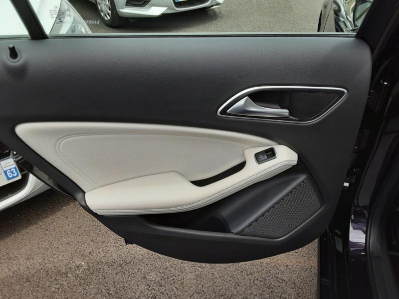 Photo 13 de l'offre de MERCEDES-BENZ CLASSE A 180 d Business Edition à 17990€ chez Centrale auto marché Périgueux