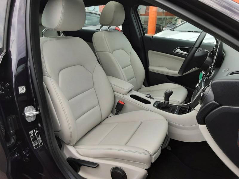 Photo 50 de l'offre de MERCEDES-BENZ CLASSE A 180 d Business Edition à 17990€ chez Centrale auto marché Périgueux