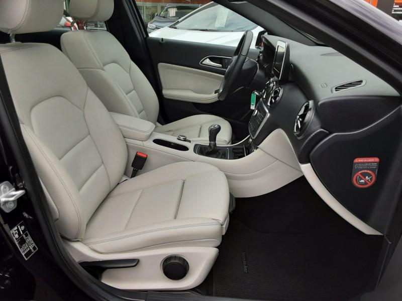 Photo 49 de l'offre de MERCEDES-BENZ CLASSE A 180 d Business Edition à 17990€ chez Centrale auto marché Périgueux