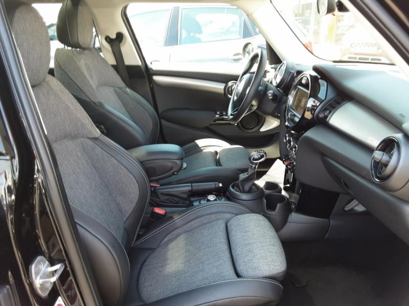 Photo 44 de l'offre de MINI MINI Cooper D 116 ch Edition Shoreditch A à 20500€ chez Centrale auto marché Périgueux