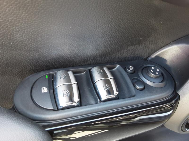 Photo 50 de l'offre de MINI MINI Cooper D 116 ch Edition Shoreditch A à 20500€ chez Centrale auto marché Périgueux
