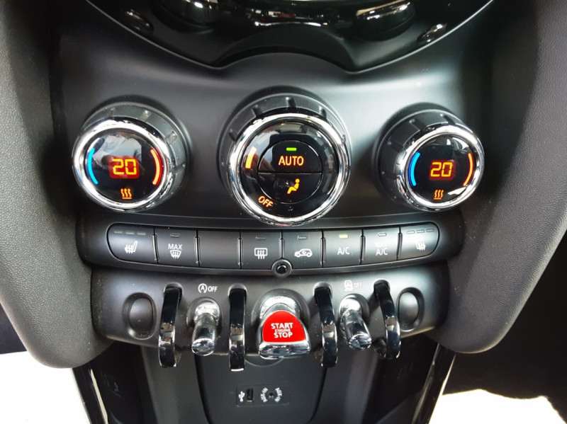 Photo 18 de l'offre de MINI MINI Cooper D 116 ch Edition Shoreditch A à 20500€ chez Centrale auto marché Périgueux