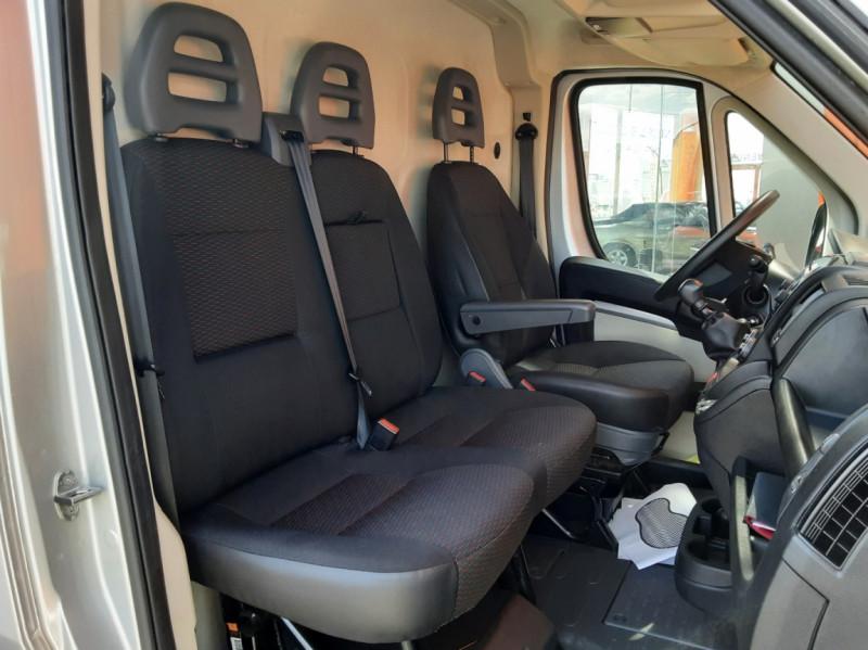 Photo 7 de l'offre de CITROEN JUMPER L1H1 BLUEHDi 130 BVM6 BUSINESS à 17500€ chez Centrale auto marché Périgueux