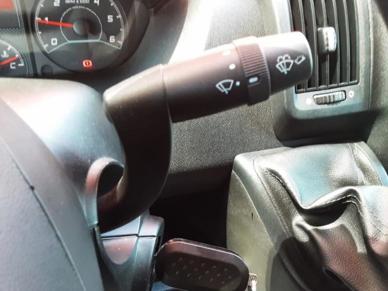 Photo 20 de l'offre de CITROEN JUMPER L1H1 BLUEHDi 130 BVM6 BUSINESS à 17500€ chez Centrale auto marché Périgueux