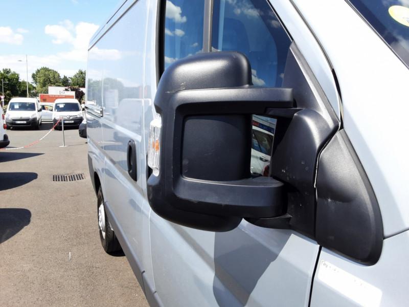 Photo 40 de l'offre de CITROEN JUMPER L1H1 BLUEHDi 130 BVM6 BUSINESS à 17500€ chez Centrale auto marché Périgueux