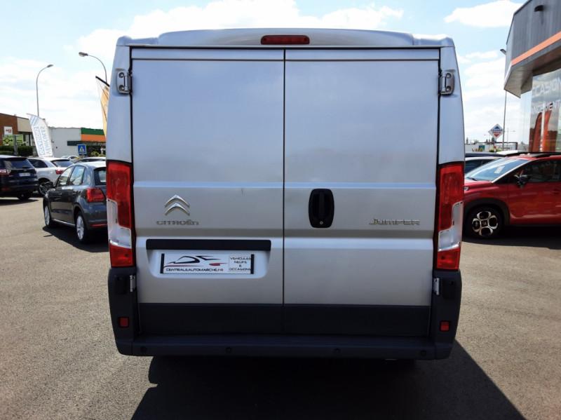 Photo 30 de l'offre de CITROEN JUMPER L1H1 BLUEHDi 130 BVM6 BUSINESS à 17500€ chez Centrale auto marché Périgueux